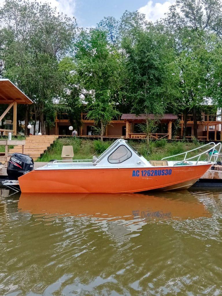 boats-900x1200-20210602-001