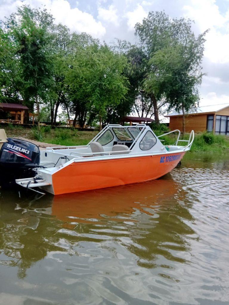 boats-900x1200-20210602-002