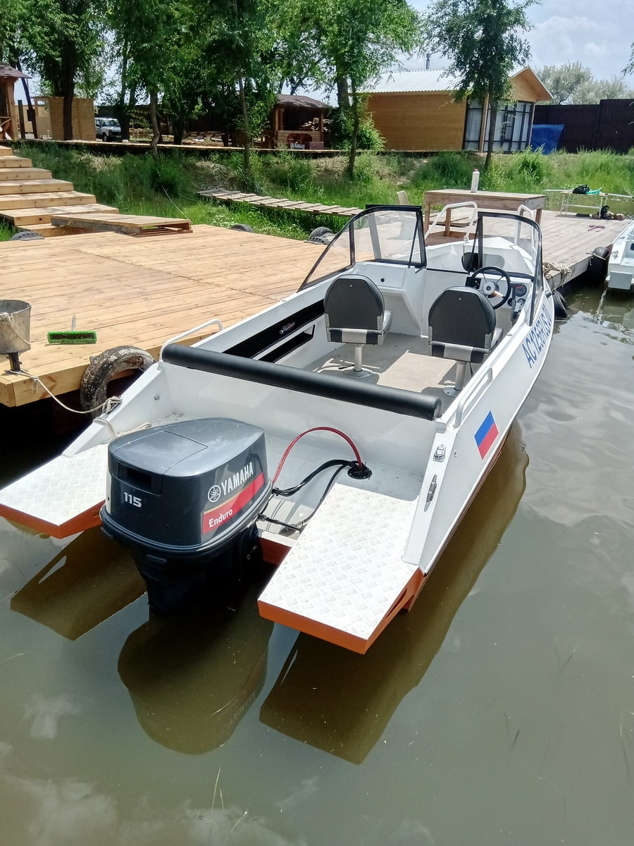 boats-900x1200-20210602-003